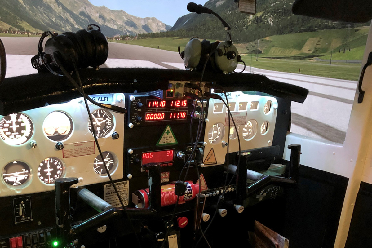 30 Minute Cessna Skyhawk Flight Simulator