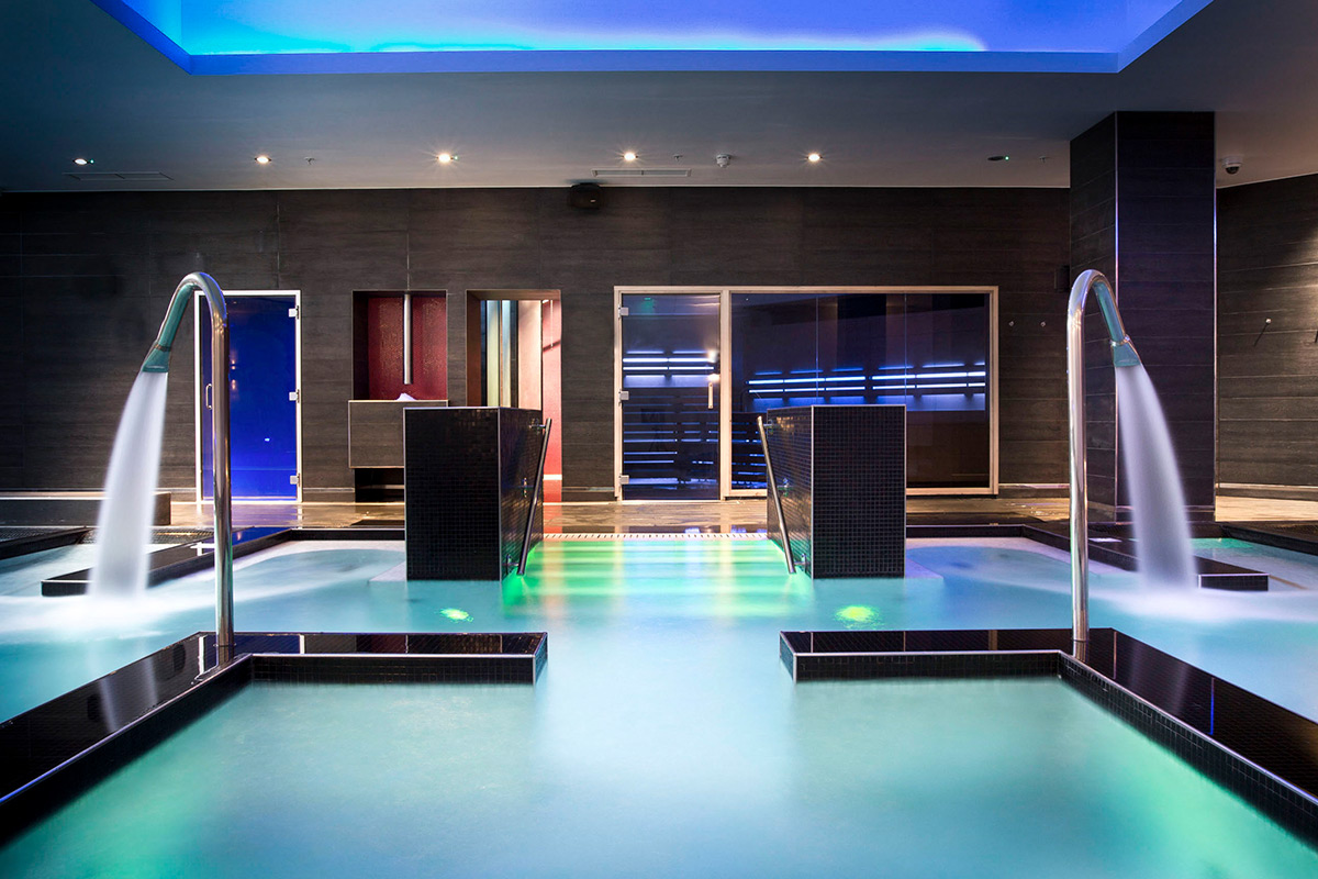 Reviver Pamper Day for Two with Virgin Active