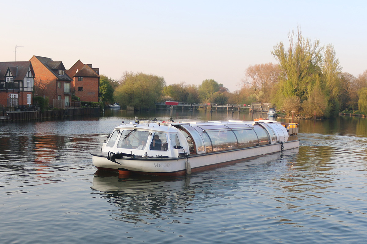 Bateaux Windsor River Thames Prosecco Afternoon Tea Cruise for Two
