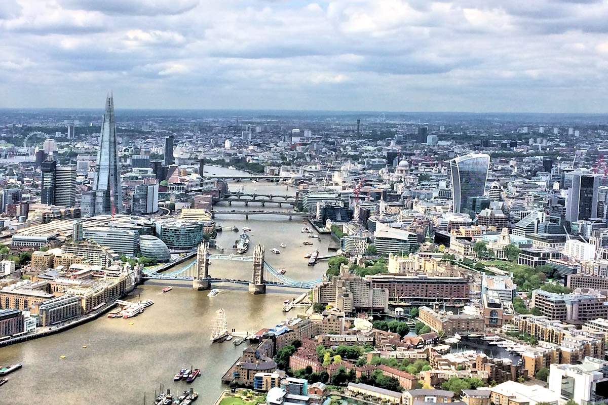 Helicopter Sightseeing Flight of London for Two