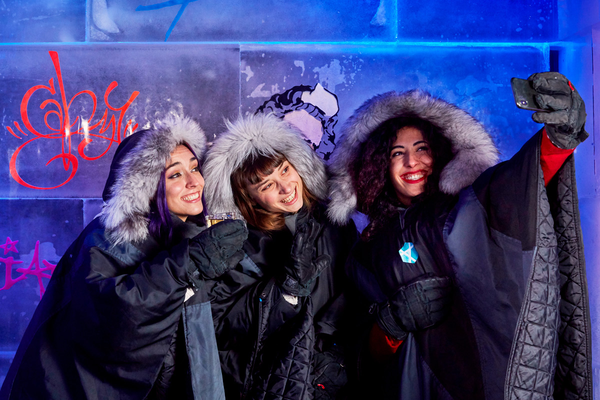 ICEBAR Experience with Champagne Cocktails for Two