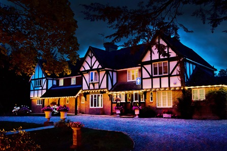 One Night Country Break with Vineyard Tour, Wine Tasting and Lunch for Two at Chapel Down Winery for Two