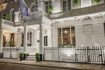 One Night London Pamper Break with Hour Treatment and Prosecco for Two at the Luxury Roseate House