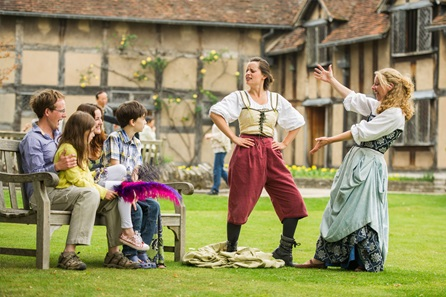 Visit Shakespeare's Birthplace and Three Course Meal at Café Rouge for Two