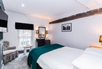 One Night Break with Dinner for Two at Villiers Hotel