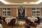 Two Night Break with Prosecco and Dinner for Two at the 5* Roseate Reading