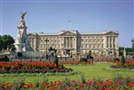 Visit to Buckingham Palace and The Royal Mews with a Three Course Dinner and Cocktail for Two